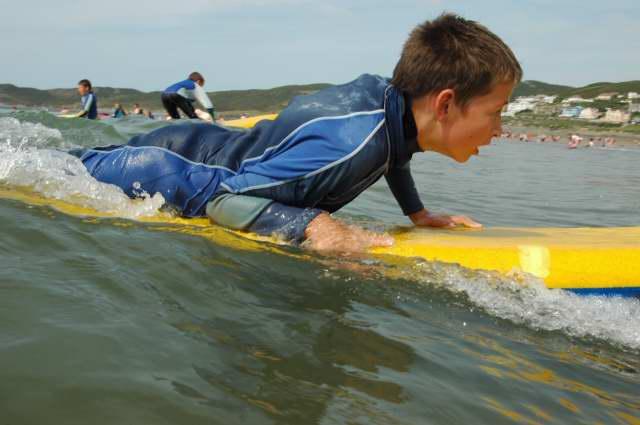 69._Surfing