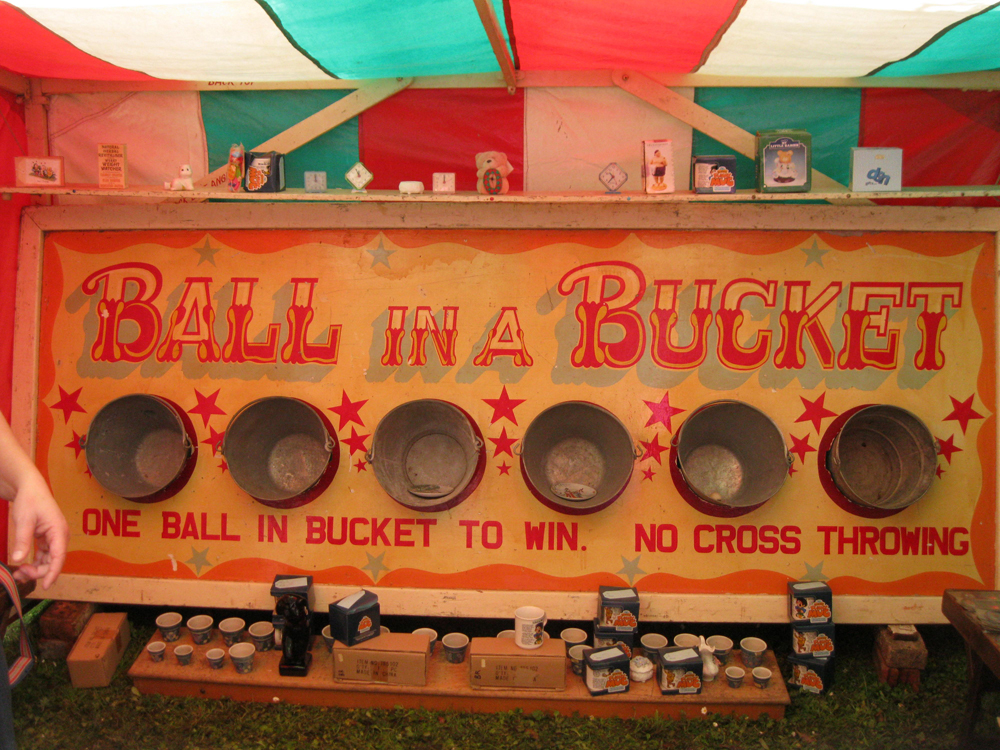 Ball_in_a_bucket