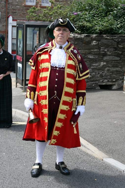 town_cryer_